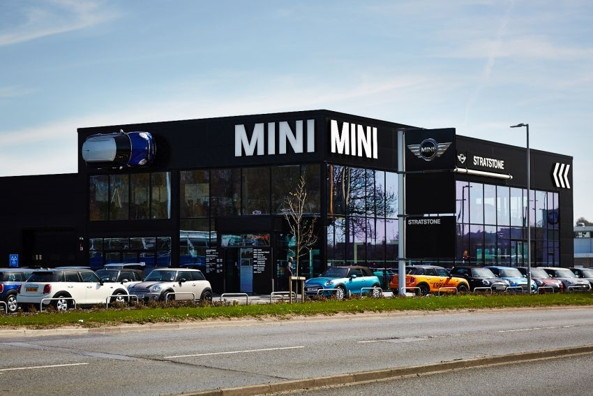 New BMW and Mini Dealership Opens in Leeds