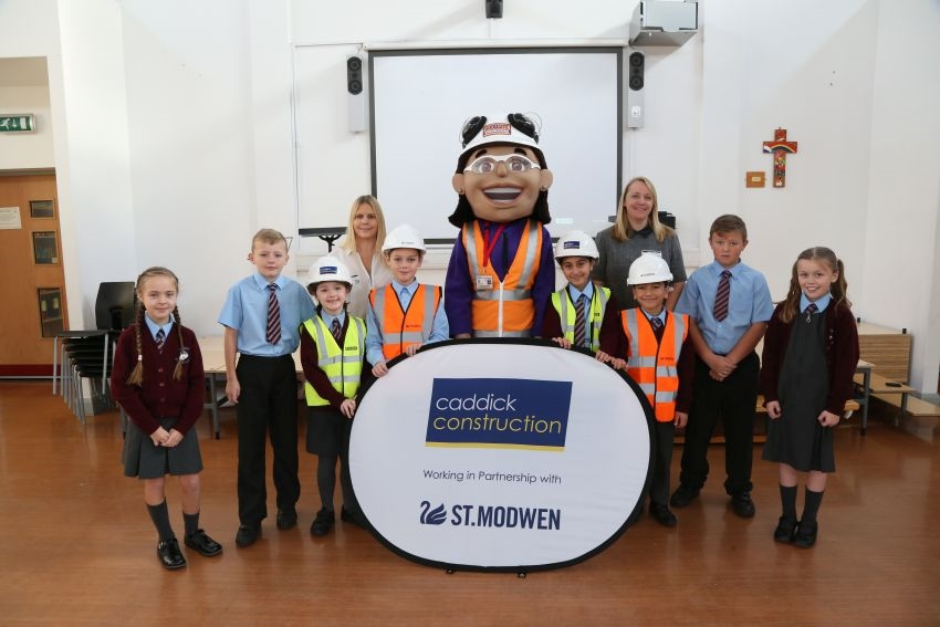Caddick join forces with St Modwen to teach site safety to Liverpool school children