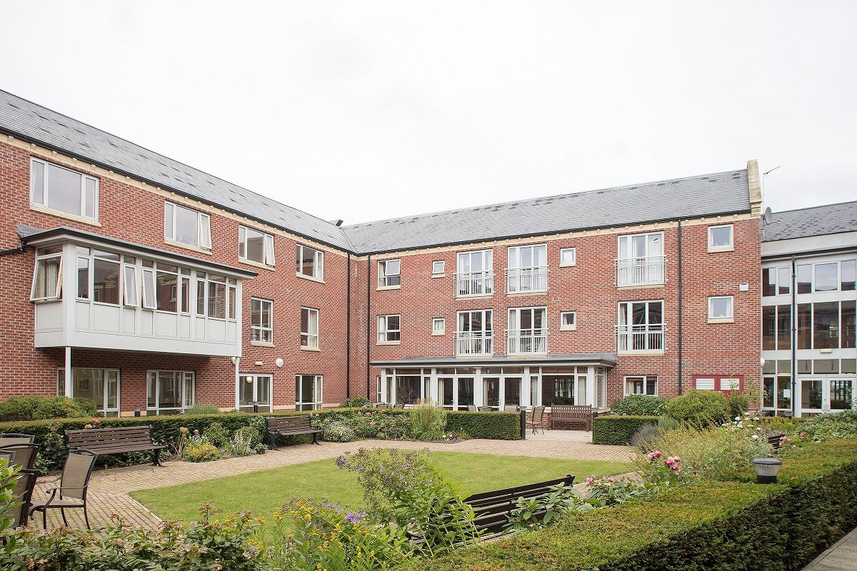 Royd Court, Mirfield